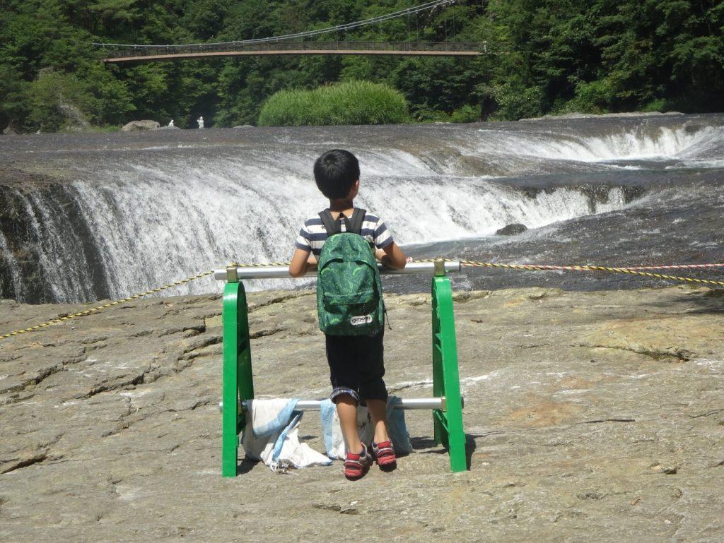 吹割の滝に到着