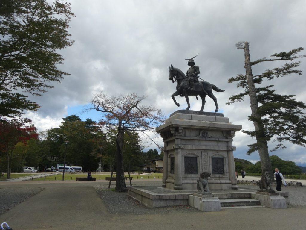伊達正宗の像